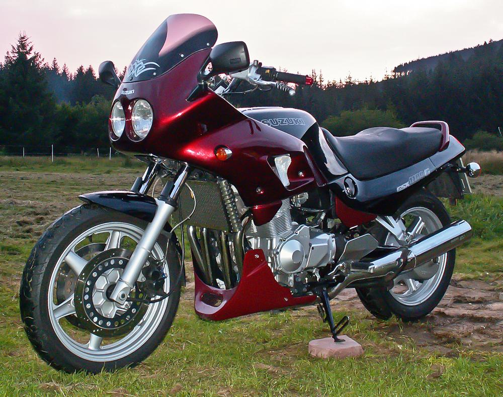 Suzuki Gxr
